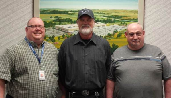 Supervisor Dwight Porter with PCAs Bob Anderson and Jim Barr.